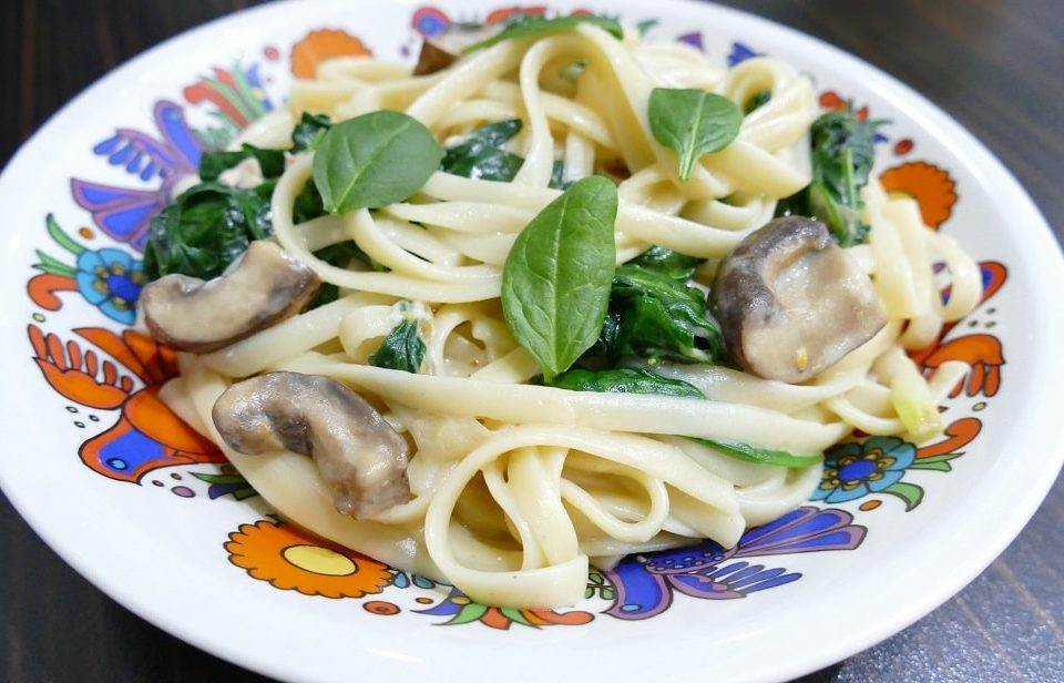 Healthy_Food_4_You_Noodles_Spinach_Mushrooms_2